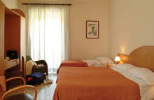 sorrento hotels in the city center