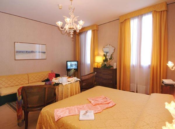Hotel Continental- Venice