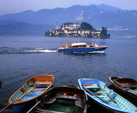 italy northern lakes tour to Lake Como Bellagio, Varenna and Lake Garda Sirmione