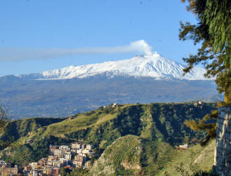 Guided bus tour from Rome to Sicily