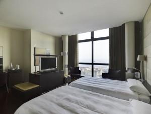 Hotel-ambassador-naples-room